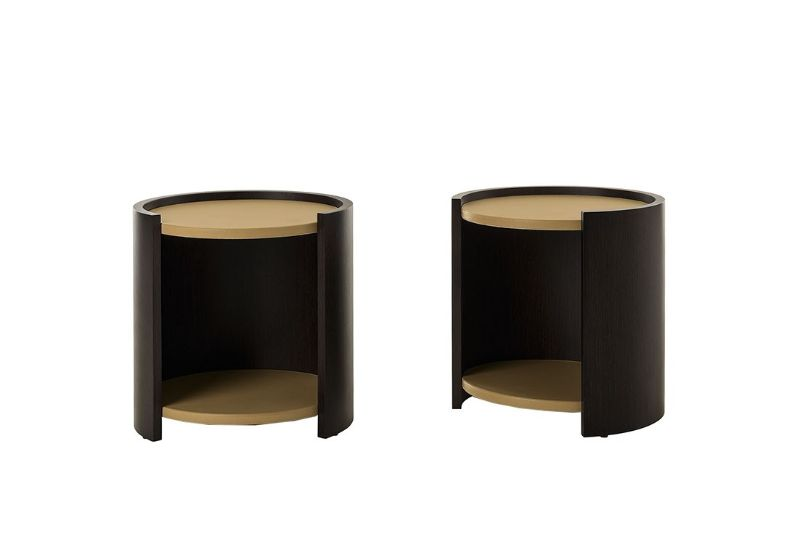 Pure Elegance Concepts: Modern Bedroom Furniture By Trussardi Casa trussardi casa Pure Elegance Concepts: Modern Bedroom Furniture By Trussardi Casa ISLA BEDSIDE TABLE