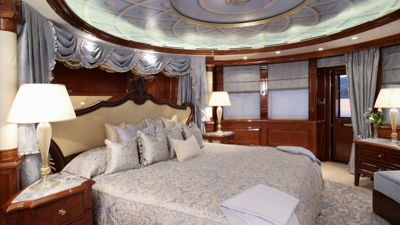 luxury bedrooms Imposing And Luxury Bedrooms Inside The Most Stunning Superyachts Imposing And Luxury Bedrooms Inside The Most Stunning Superyachts 6