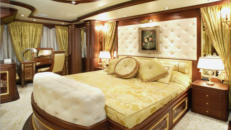 luxury bedrooms Imposing And Luxury Bedrooms Inside The Most Stunning Superyachts Imposing And Luxury Bedrooms Inside The Most Stunning Superyachts 8