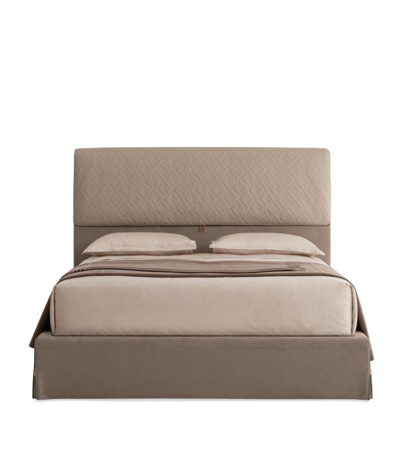 Cosmopolitan, Intense, Glamorous: Bedroom Furniture By Fendi Casa fendi casa Cosmopolitan, Intense, Glamorous: Bedroom Furniture By Fendi Casa DORIAN BED