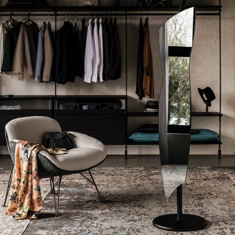 Expand Your Bedroom With Luxury Mirrors By Cattelan Italia cattelan italia Expand Your Bedroom With Luxury Mirrors By Cattelan Italia Image