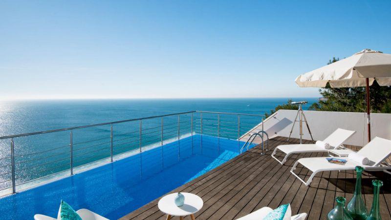 Vila Vita Hotel - A Luxury And Elegant Hotel In Portugal vila vita hotel Vila Vita Hotel – A Luxury And Elegant Hotel In Portugal Villa Mar Azul Plunge pool view 2 1