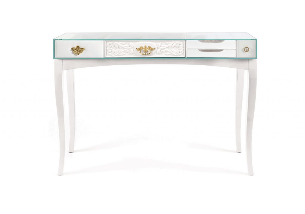 Luxury Console Tables By Boca Do Lobo To Improve Your Master Bedroom luxury console table Luxury Console Tables By Boca Do Lobo To Improve Your Master Bedroom soho console white 1024x718