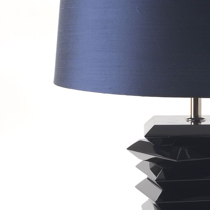Elegant Table Lamps To Make Your Bedside Table Look Even More Stylish table lamp Elegant Table Lamps To Make Your Bedside Table Look Even More Stylish tribeca 02 1