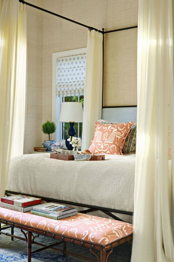 Winter Trends That Will Make You Want To Change Your Bedroom Design bedroom design Winter Trends That Will Make You Want To Change Your Bedroom Design 10 Cosy Bedroom Ideas To Inspire Your Winter Renovations 7 682x1024
