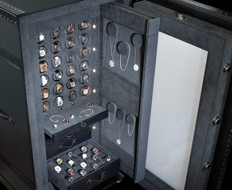 Most Wanted  Luxury Safes For An Imposing Master Bedroom luxury safe Most Wanted  Luxury Safes For An Imposing Master Bedroom Dottling The Gallery Safe aBlogtoWatch 7 1