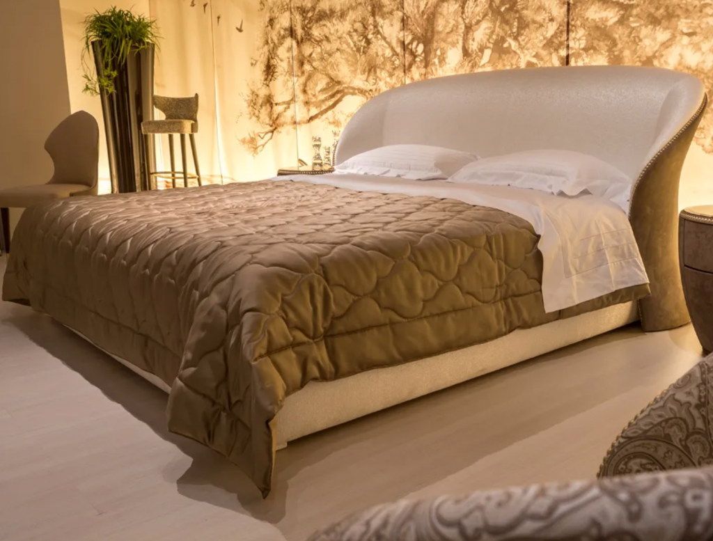 20 Amazing Luxury Beds For Your Opulent Home luxury bed 20 Amazing Luxury Beds For Your Opulent Home Contemporary Italian Bed 1024x777