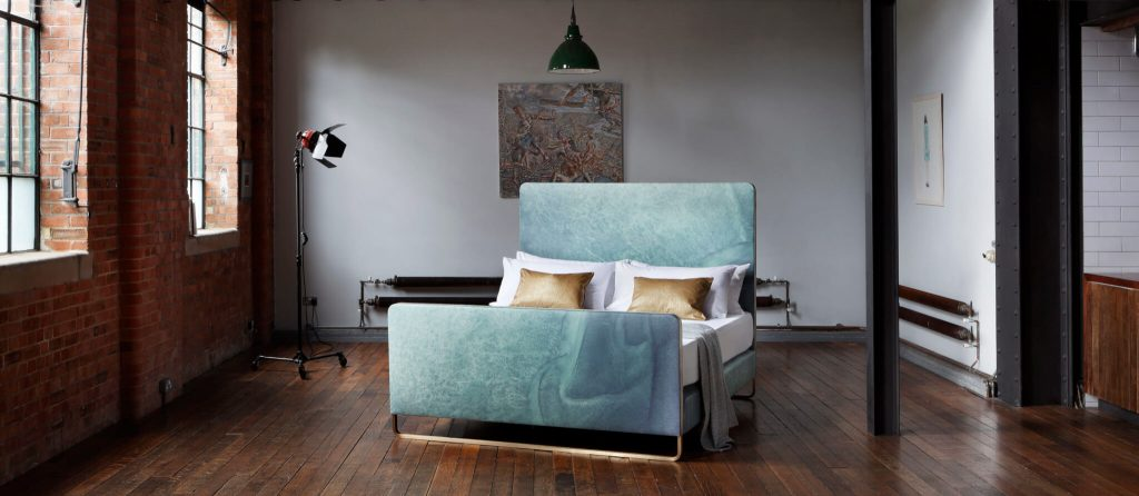 20 Amazing Luxury Beds For Your Opulent Home luxury bed 20 Amazing Luxury Beds For Your Opulent Home Ocean bed 1024x446