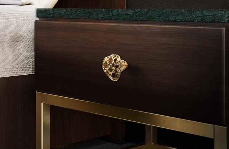 17 Luxury Handles to Transform Your Bedroom luxury handle 17 Luxury Handles to Transform Your Bedroom comb by pullcast