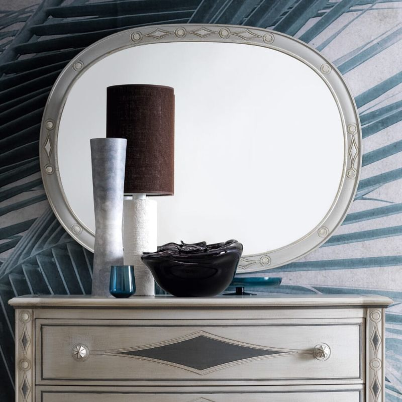 20 Charming Luxury Mirrors To Enhance Your Bedroom Design luxury mirror 20 Charming Luxury Mirrors To Enhance Your Bedroom Design luxury designer italian oval wall mirror 1