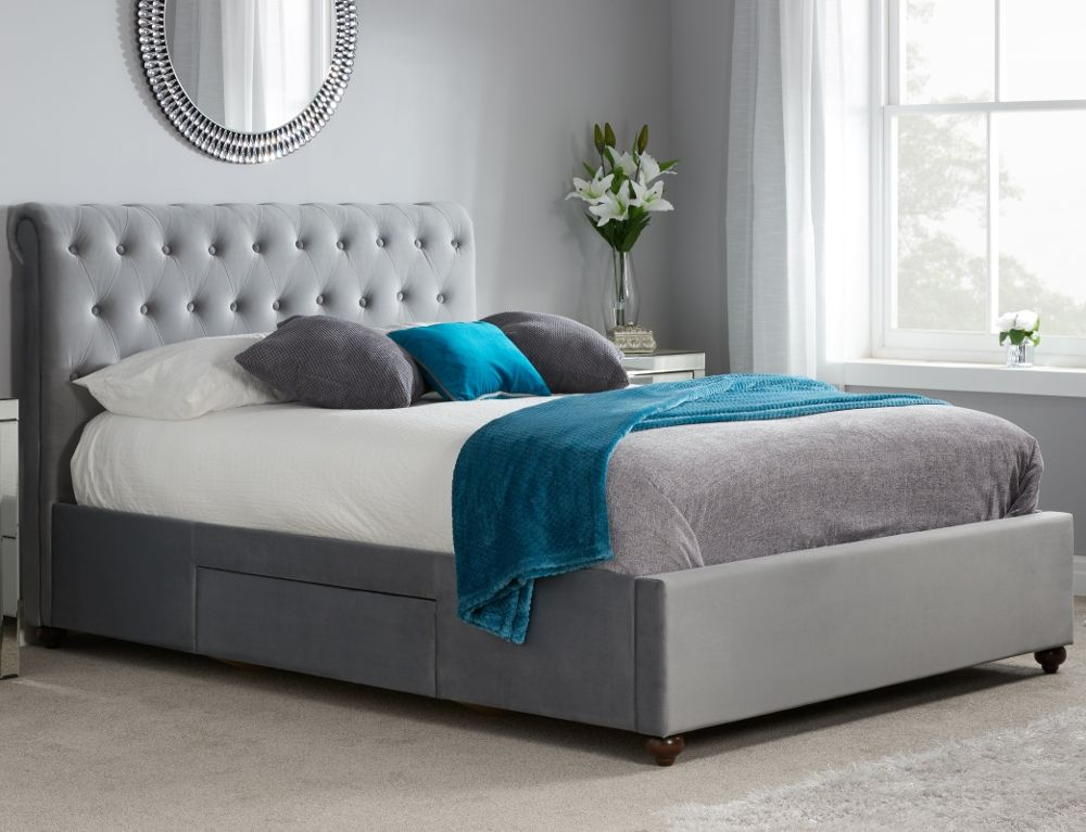 20 Amazing Luxury Beds For Your Opulent Home luxury bed 20 Amazing Luxury Beds For Your Opulent Home marlow bed