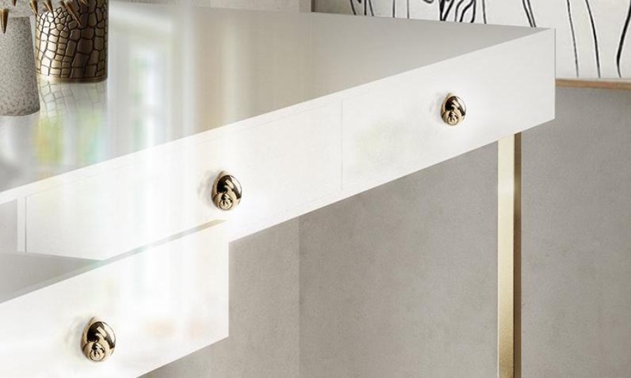 17 Luxury Handles to Transform Your Bedroom luxury handle 17 Luxury Handles to Transform Your Bedroom natica by pullcast 1