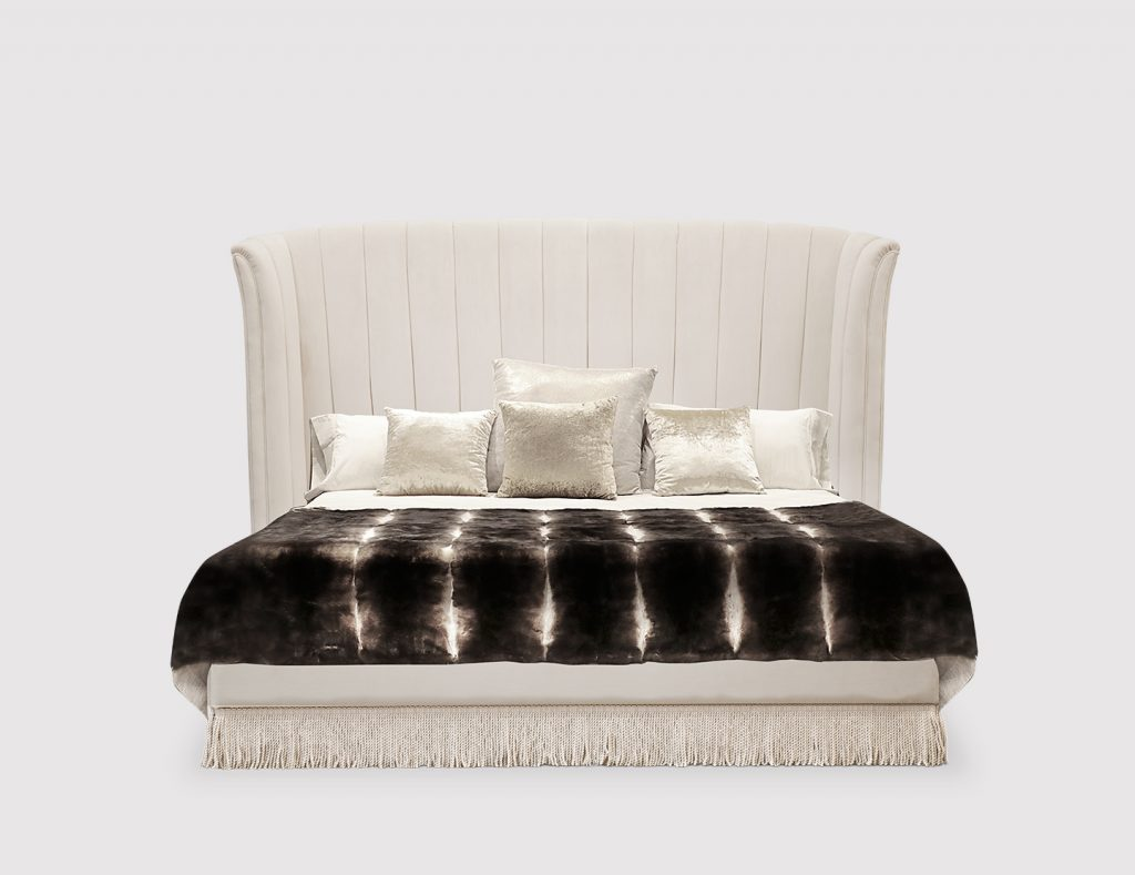 20 Amazing Luxury Beds For Your Opulent Home luxury bed 20 Amazing Luxury Beds For Your Opulent Home sevilliana 1024x789