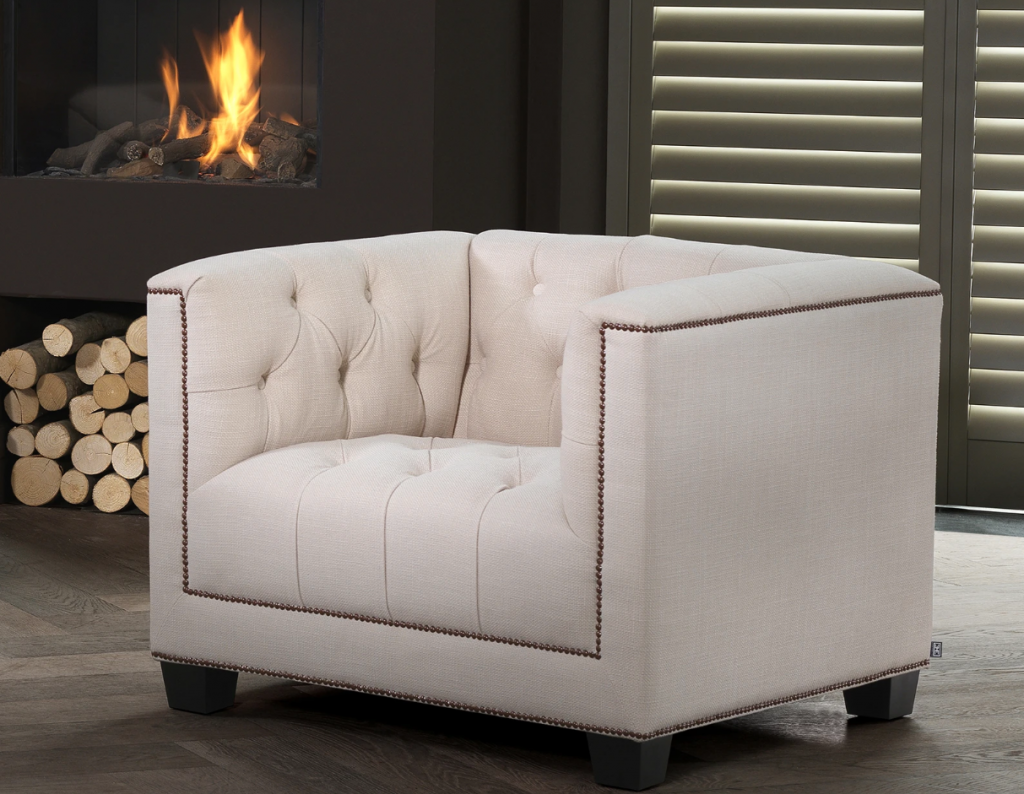 20 Luxury Armchairs to Add To Your Bedroom luxury armchair 20 Luxury Armchairs to Add To Your Bedroom paola 1 1024x794