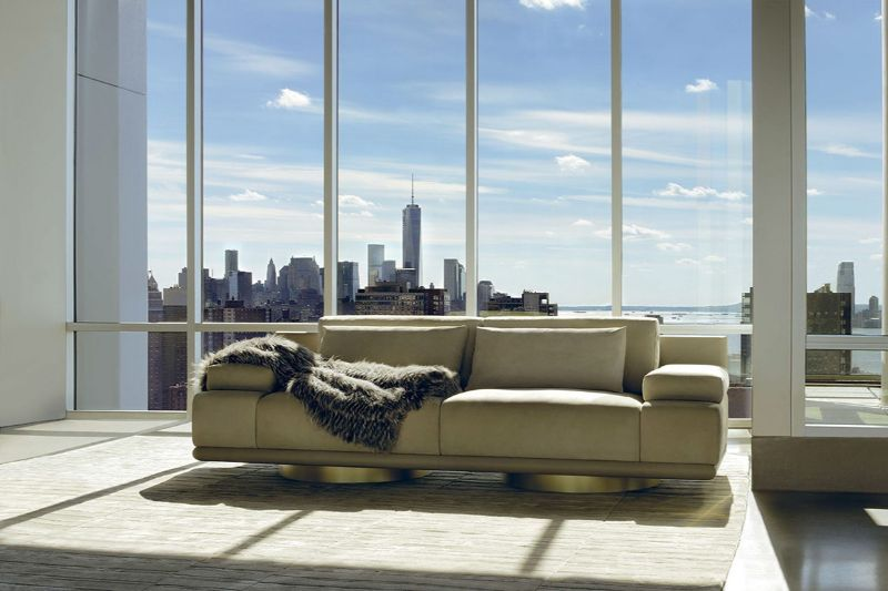 luxury sofas Luxury Sofas For An Opulent Bedroom fendi casa