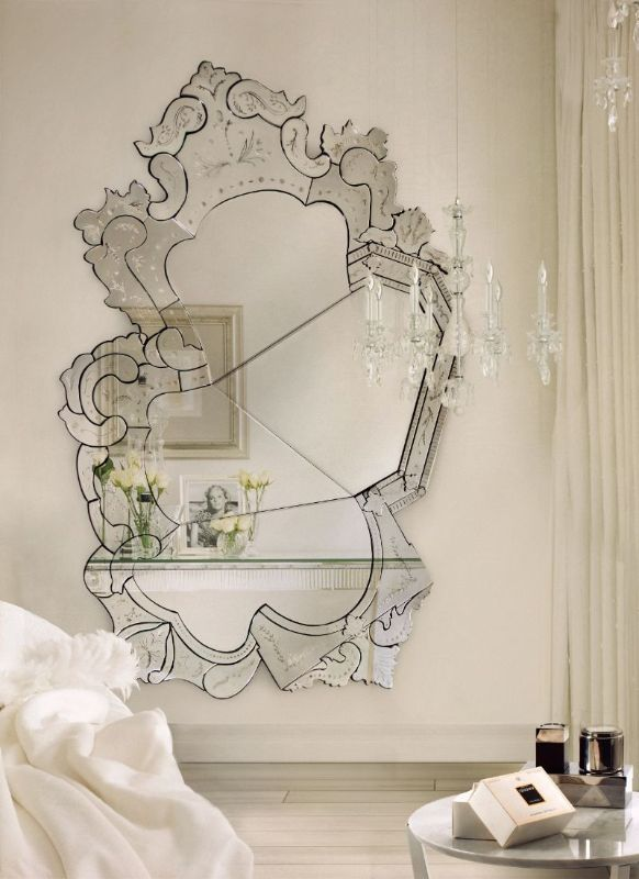Luxury Mirrors to Refresh Your Interior Bedroom luxury mirrors Luxury Mirrors to Refresh Your Interior Bedroom 10 Unique Oversized Mirrors for Master Bedrooms 1 1