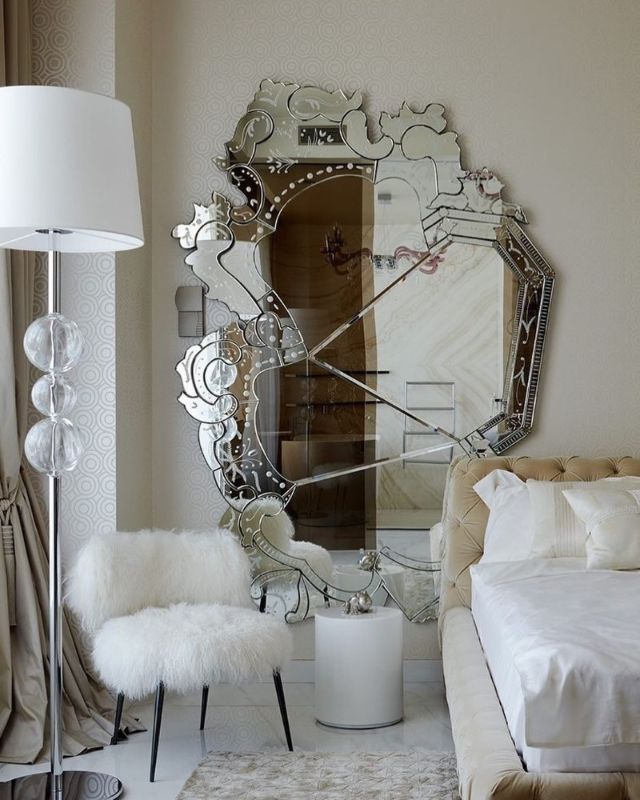 Luxury Mirrors to Refresh Your Interior Bedroom luxury mirrors Luxury Mirrors to Refresh Your Interior Bedroom 51461929 2108545232586824 7058645419981457399 n 1