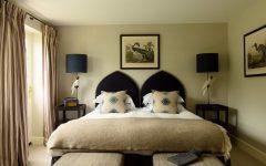 flora soames Flora Soames Most Elegant and Classic Master Bedrooms country pub hotel 05 1 1 240x150