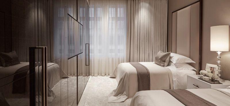 Bedrooms by Top Interior Designers: Louise Bradley