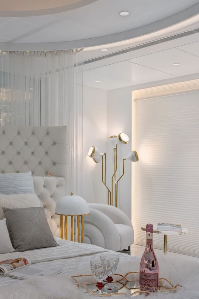 Creative Modern Ideas For Your Luxury Master Bedroom  luxury master bedroom Creative Modern Ideas For Your Luxury Master Bedroom Contemporary Bedroom Designs That Will Help You Rest In Style 11 683x1024
