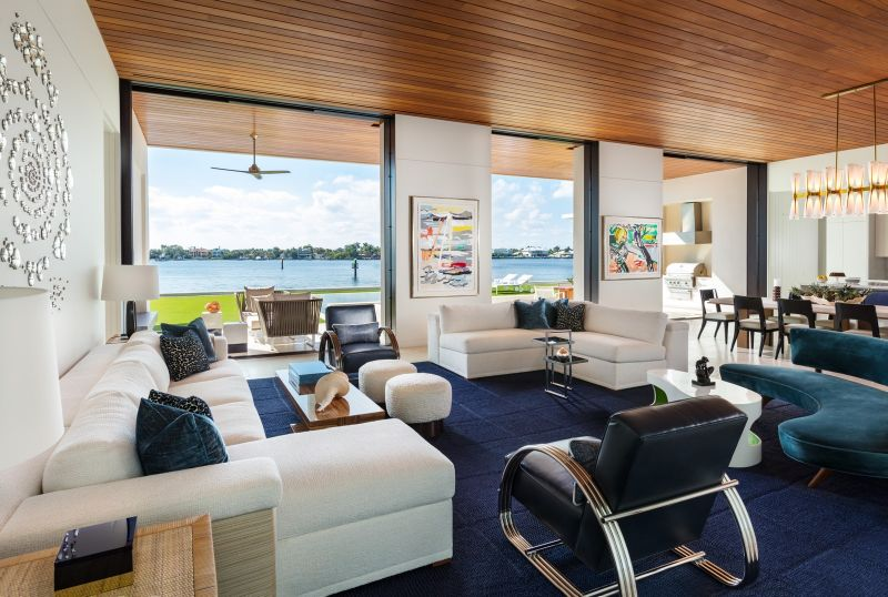 A Glamorous Beach Home That Was Designed to Look Like a Super Yacht